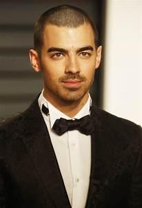 Joe Jonas Picture 412 - 2017 Vanity Fair Oscar Party ...