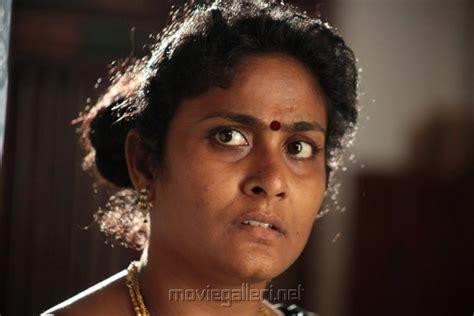 Pasanga Sujatha In Kozhi Koovuthu Movie