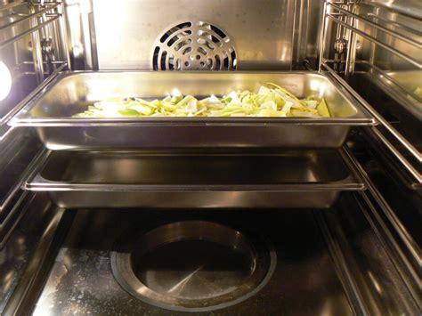 cuisine four vapeur j ai testé le four vapeur ma p 39 tite cuisine