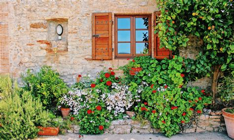 tuscan garden pictures get inspired by these international gardens 49 miles