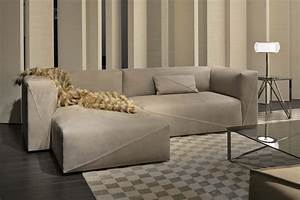 Diagonal sectional sofa lounge sofas from fendi casa for Sectional sofa diagonal corner