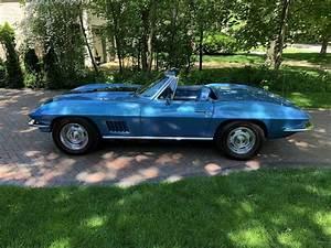 1967 Chevrolet Corvette Convertible Blue Rwd Manual 427