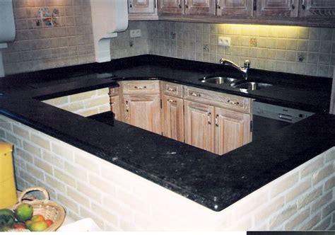 plan de travail en marbre pour cuisine plan de travail une cuisine aménagée avec goût se fait