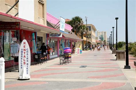 the boardwalk at jacksonville beach my dad took me here