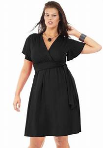 robe grande taille col v manches courtes noir avec With robe droite fluide femme ronde