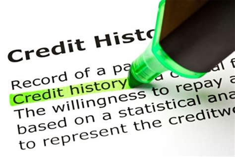 tips  avoid damaging  credit score militarycom