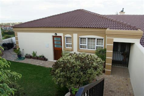 mossel bay property houses  sale  rent pam golding properties