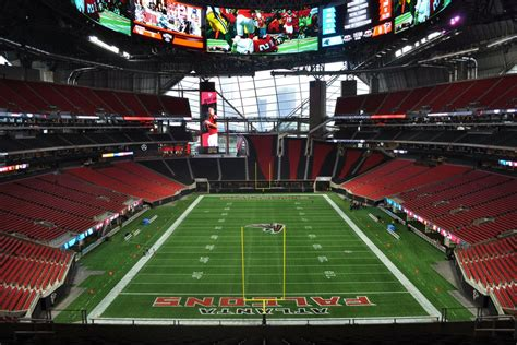 This ad will close in 3. Mercedes-Benz Stadium leadership responds to exiting, bathroom concerns - Curbed Atlanta