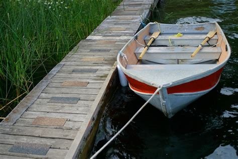 Boat Hull Leaking Water by How To Fix Leaking Rivets In A Boat Cottage