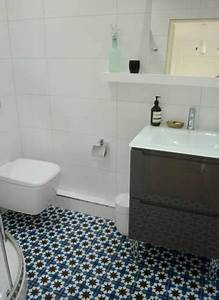 carrelage petit carreau salle de bain maison design With carrelage salle de bain petit carreaux