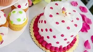 Décoration De Gateau : 10 id es de d co pour vos g teaux d 39 anniversaire ~ Melissatoandfro.com Idées de Décoration