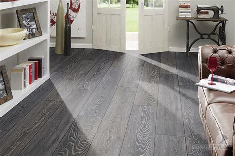 10 Laminated Wooden Flooring Ideas- The Sense Of Comfort