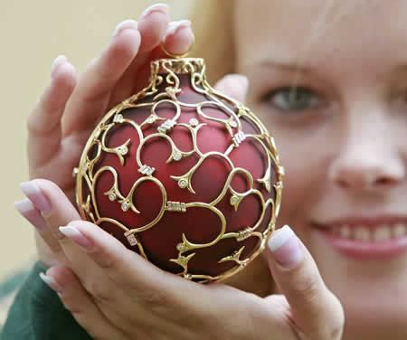world s most expensive christmas ornament at 31 400