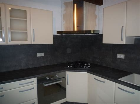 installation d une hotte de cuisine pose d 39 une cuisine contemporaine à rocbaron 83 modèle