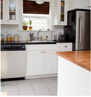 plan de travail cuisine resine 20 idées déco pour une cuisine grise deco cool com