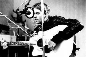 Kurt Cobain Playing Guitar | Edge Prints
