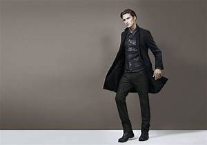 How To Wear & Style Black Jeans For Men