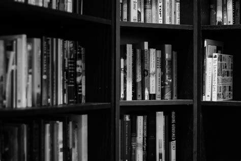 images read black  white bookshelf education