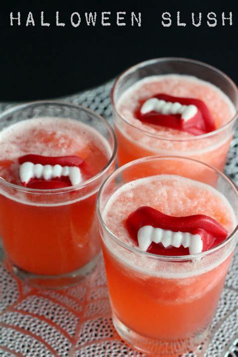 15 Hair Raising Halloween Drink Ideas