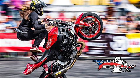 genius girl stunt rider sarah lezito youtube