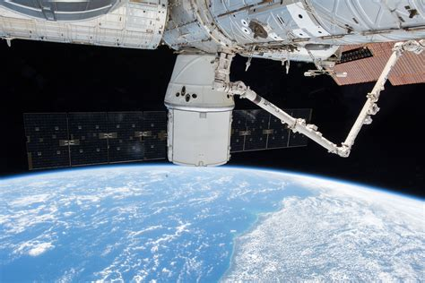 brethren  space  geoscientists aboard  international space station   prow