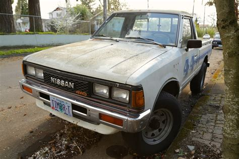 Old Parked Cars 1984 Nissan 720 4x4