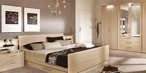 Tapeten Im Schlafzimmer : 95 wohnzimmer hell tapezieren wohnzimmer wande tapezieren ideen streifenmuster schwarz ~ Sanjose-hotels-ca.com Haus und Dekorationen