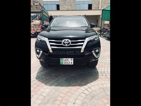 toyota fortuner 2 7 vvti 2017 for sale in gujranwala pakwheels