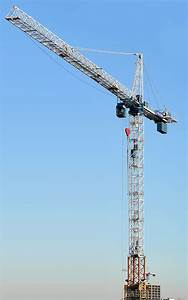 How Tower Cranes Are Erected