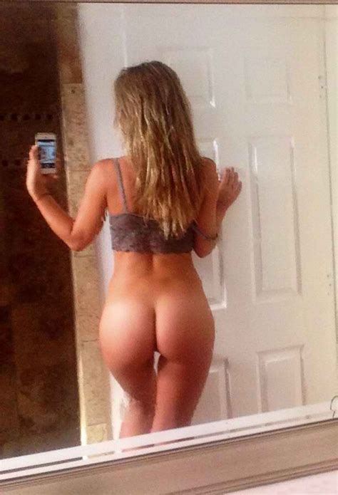 Charlotte Mckinney Nude And Topless Leaked Collection