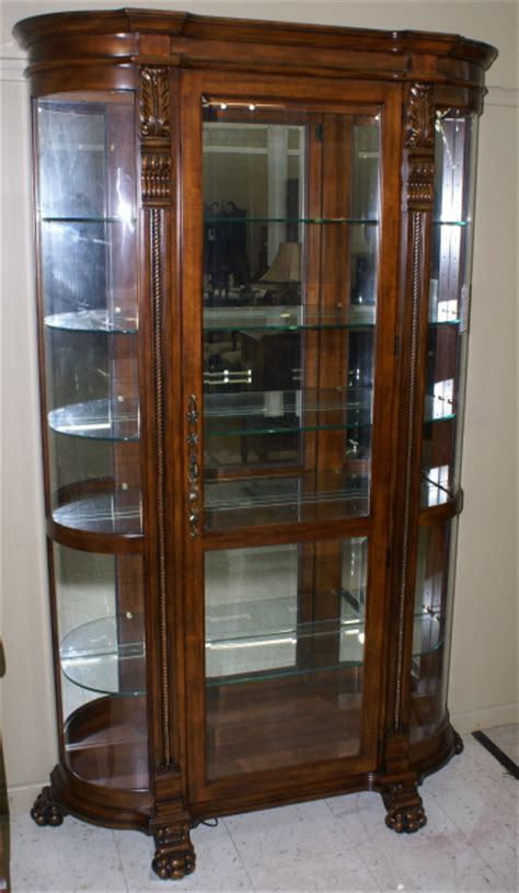 pulaski curved glass curio cabinet curved end paw foot mahogany curio cabinet by pulaski