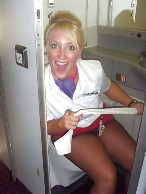 Female Flight Attendants Pics
