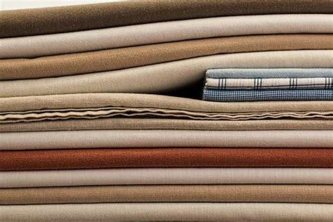 désodoriser canapé tissu 9 utilisations étonnantes de l 39 adoucissant pour le linge