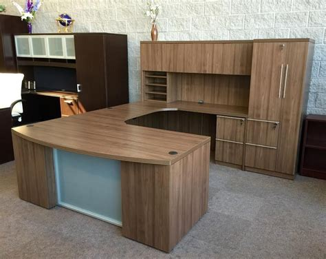 executive desk suite  sale  milwaukee ofw office