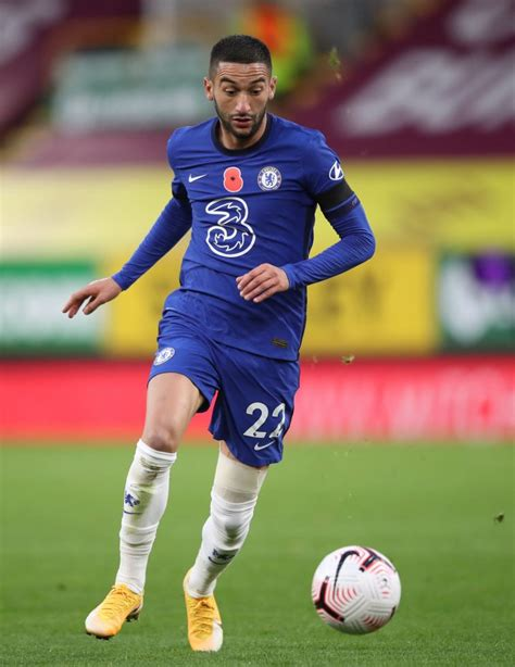 Hakim ziyech prefers to play with left foot. Hakim Ziyech is an amalgamation of two former Chelsea players