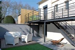 Terrasse Metallique Suspendue : terrasse suspendue aluminium nos conseils ~ Dallasstarsshop.com Idées de Décoration