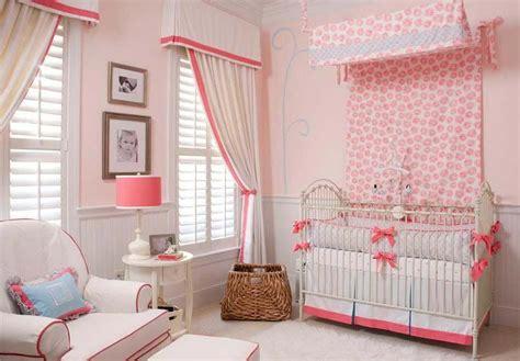 voilage chambre fille déco chambre bébé le voilage et le ciel de lit magiques