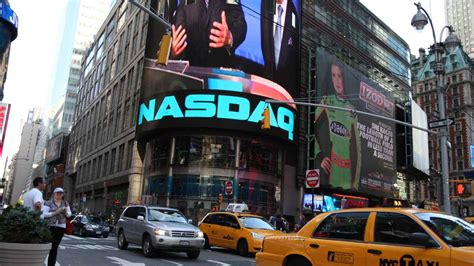 US stocks advances as Nasdaq hits 5000-mark to record high ...