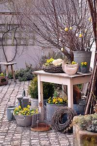 Deko Hauseingang Frühling : pin von astrid lorenz auf deko ~ Watch28wear.com Haus und Dekorationen