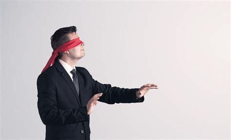blindfold games dreamteambuilding