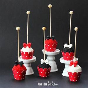 Cake Pop Form : red white and black fancy cake pops pint sized baker ~ Watch28wear.com Haus und Dekorationen