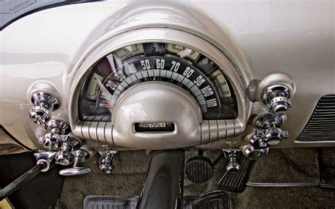 oldsmobile futuramic  road test motor trend classic