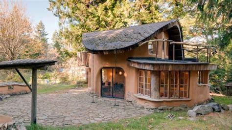 beautiful unique  cottage amazing house design ideas