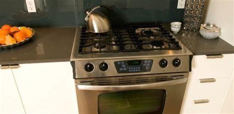 Tamanho ideal de uma cozinha e altura de pia e fogão