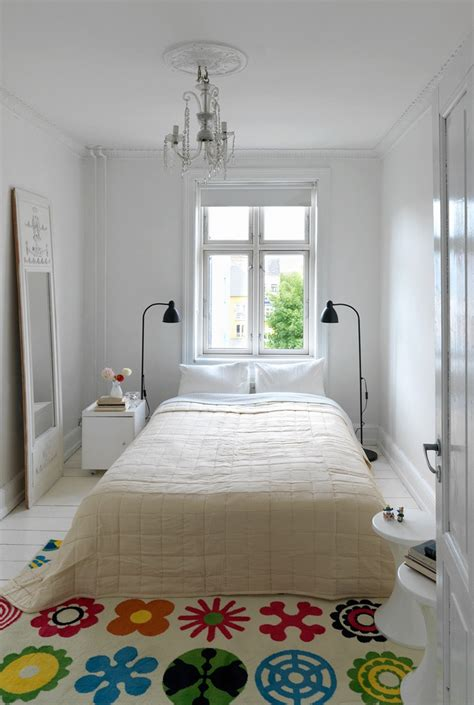 images  ideas minimalist bedrooms  pinterest guest rooms small rooms