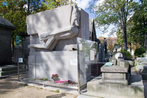 la blague de la chaise pere lachaise cemetery gardens parisianist city