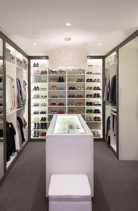 Ankleidezimmer Insel Ikea by 59 Walk In Closet Ideas To Store Your Clothes Efficiently