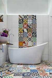 Badezimmer Tattoos Fliesen : badezimmergestaltung wie sie ihr bad im mediterranen stil gestalten ~ Markanthonyermac.com Haus und Dekorationen
