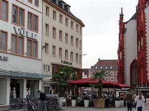 Shopping Center Würzburg : the falkenhaus was a former guesthouse picture of schoenbornstrasse wurzburg tripadvisor ~ Watch28wear.com Haus und Dekorationen