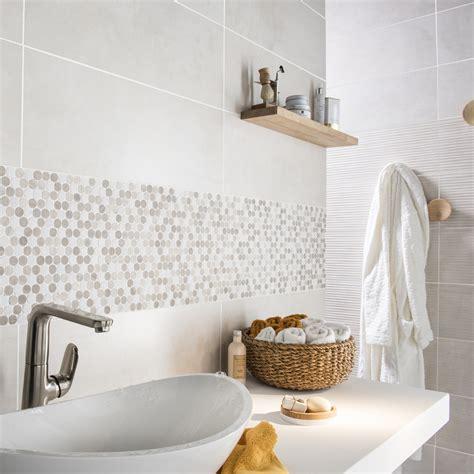 marbre pour salle de bain mosa 239 que en marbre blanc et moka pour d 233 corer le mur de votre salle de bain salle de bain